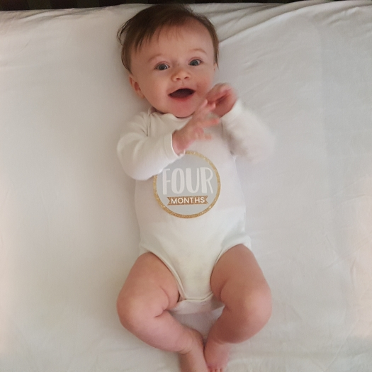baby-four-month-photos